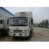 Buy cheap Sinotruk FAW 4X2 Small Refrigerated Truck , 5T Fiberglass Commercial Refrigerated Trucks from wholesalers