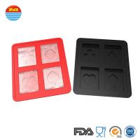 China 2019 Best Cool Easy Released Custom Bar Pub Saloon Fancy Playing Card Poker Shaped Silicone Ice Cube Tray For Cocktail on sale