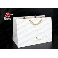 Hot Foil Stamping Christmas Gift Custom Printed Paper Bags Eco Friendly Feature