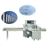 China Automatic Pouch Flow Wrap Packing Machine / Plastic Syringe Packing Machine on sale