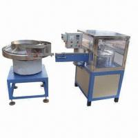 Flip top cap closing machine/cap closing machine/cap assembly machine, measures 1600x900x1100mm Manufactures
