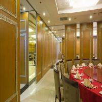 Wholesale Acoustic Operable Wooden Partition Wall For School , Classroom and Hotel from china suppliers