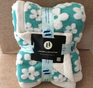 China Professional Velvet Plush Sherpa Throw Blanket NO Shrink Pill Resistant on sale