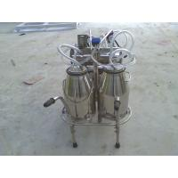 Buy cheap XD32WY-2 twin buckets and Oilless Vacuum pump Electric motor mobile milking machine from wholesalers