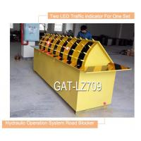 Red Led Traffic Light Automatically Hydraulic Road Blocker With Rising Vehicle Blocker Manufactures