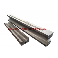 China Toggle Seat Products Alloy Steel Casting Jaw Crusher Spare Parts on sale