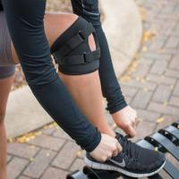 Buy cheap 6 Tracking Short Medical Knee Brace With Dual Hinge And Half - Moon Buttress from wholesalers