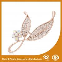 Wholesale Anniversary / Wedding Fashion Jewelry Brooches , Small Crystal Brooches from china suppliers