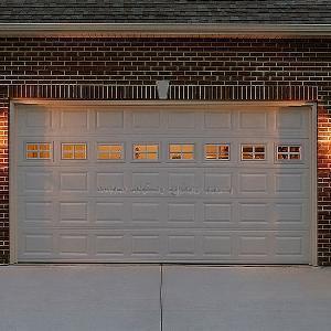 China Garage Door/Sectional Overhead Garage Door / Remote Control Garage Door / Cassette Garage Door (RSCL-048-1) on sale
