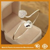 Wholesale Simple Elegant White Metal Bangles Personalised Heart Shaped Bracelet from china suppliers