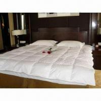 Buy cheap White Duck Down Quilt, Made of 100% Cotton, Double Needle Stitching Construction from wholesalers