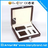 Buy cheap Hot selling 2015 Leather wallet gift set with card holder and pen for men from wholesalers