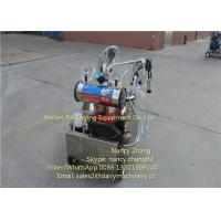 Diesel Power Mobile Milking Machine Two Cows Farm Milking Equipment Manufactures