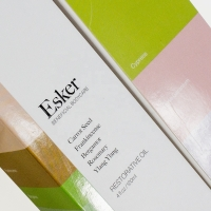 China Custom Glossy Spot Uv Coating Printing Cosmetic Packaging Paper Box on sale