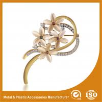 Wholesale Decorative Handmade Gold Brooches For Dresses With Crystal Stones from china suppliers