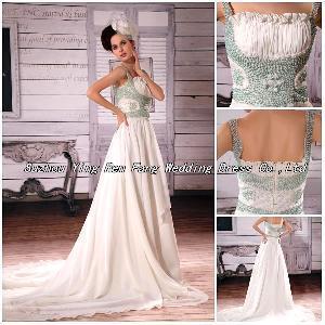 2012 Handmade Spaghetti Strap Beaded Applique Ruffled Wedding Dress (BS-044)