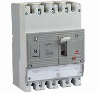 Buy cheap 65kA 4 Pole Reliable Mccb Molded Case Circuit Breaker For High Power Applications from wholesalers