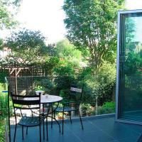 Wholesale Modern top mount frameless u channel tempered glass balustrade from china suppliers