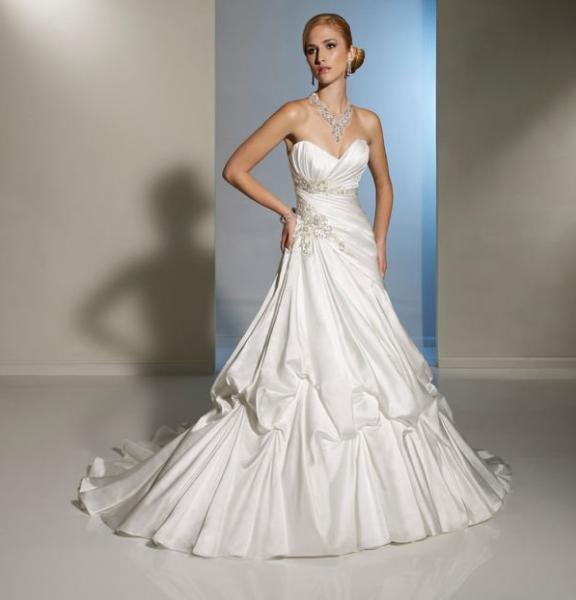 Quality Backless Elegant Beaded Satin Long Wedding Dresses Of Generous Bra Design for sale