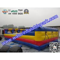 Three Lane Inflatable Bungee Run Game With Basketball Hoop Customized Size Manufactures