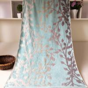 Wholesale Decorative Jacquard Bath Towel Plain Woven from china suppliers