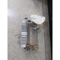 Buy cheap 100Amp 27kv Porcelain Drop Out Fuse Cutout with arc extingquishing chamber from wholesalers