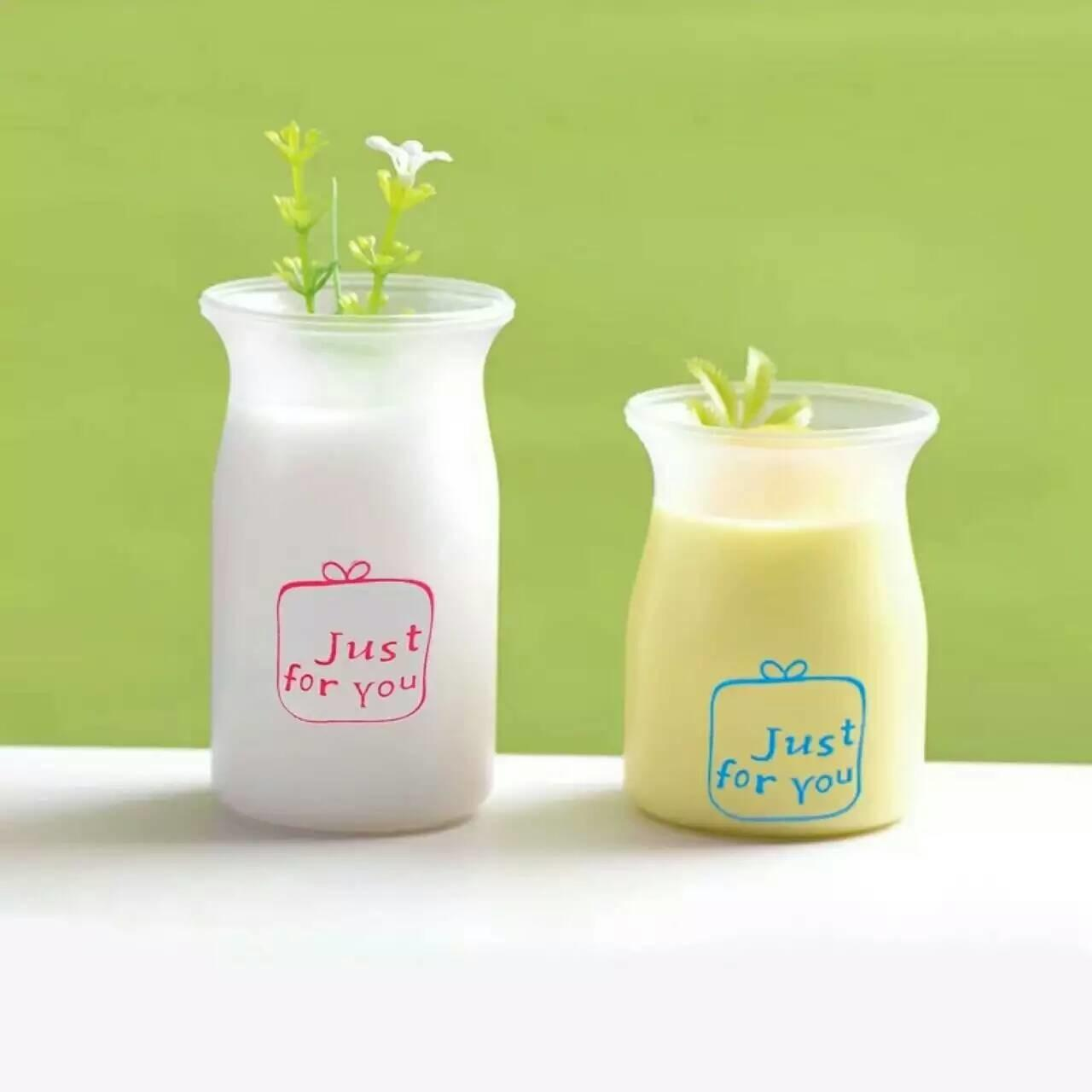 Round Translucent Fruit  Pudding Mousse Cups PP Plastic Jar With Printing Manufactures