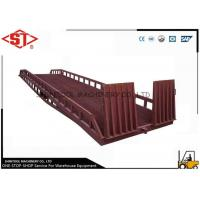 Buy cheap Truck dock ramps Unloading With handle pump / container loading ramp from wholesalers