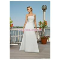 Buy cheap Slim A-line One-shoulder Chiffon Empire Waist Beach Wedding Dresses from wholesalers