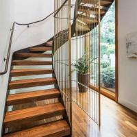 Quality Easy Installation Home Design curved staircase Metal Entrance timber Curved Stair for sale