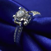 Buy cheap 6.7G Weight Moissanite Jewelry Ring With VVS Clarity 1ct Super White Diamond from wholesalers