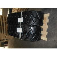 China CAT Replacement Asphalt Paver Rubber Tracks With Low Ground Pressure on sale