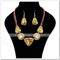 Buy cheap Alloynecklacewith rhinestone,acrylic stone(s)in gold plating, with lariat chain from wholesalers
