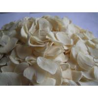 Buy cheap garlic flakes from wholesalers