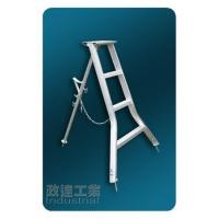 Tripod ladders for agricultural use Manufactures