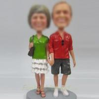 Wholesale professional Custom bobbleheads of happy couple from china suppliers