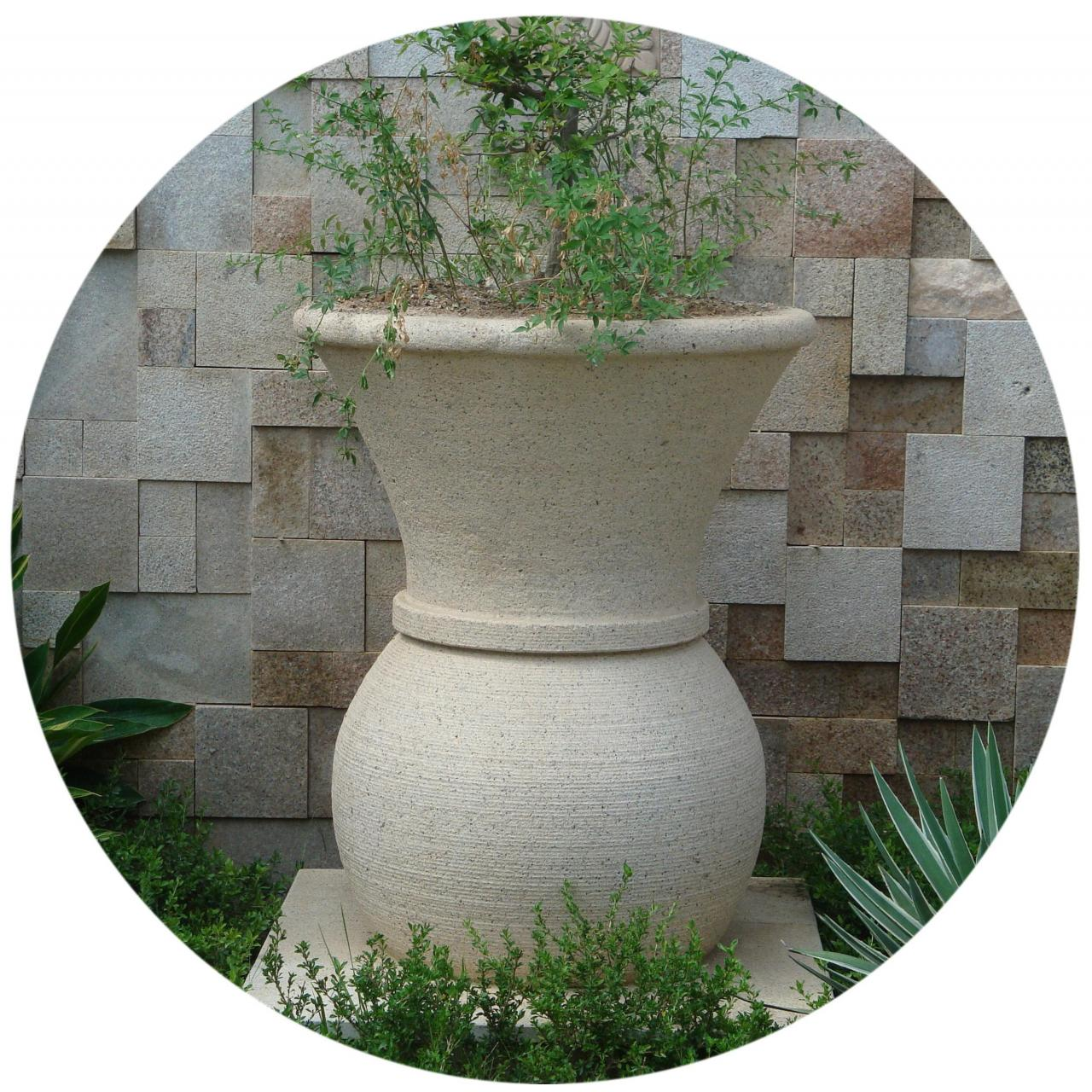 Wholesale Popular Design Natural Stone Flowerpot Planters from china suppliers