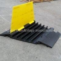 Heavy duty rubber road ramps cable ramp with PVC lids