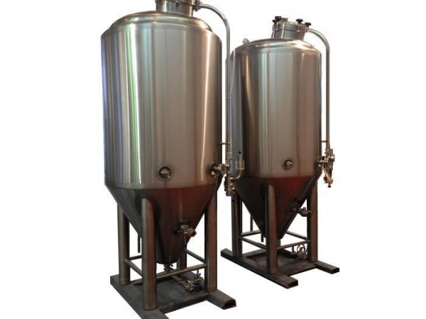 Quality 2000L stainless steel beer fermentation tank with insulating layer for sale