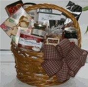 Buy cheap Holiday Day Baskets from wholesalers