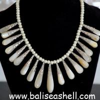 Buy cheap Shell necklace bead mother of pearl necklace art from wholesalers