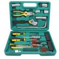 Portable Car Accessory Car Combination Tool Kit 19 Pieces in 1 for Emergency Repairs Manufactures