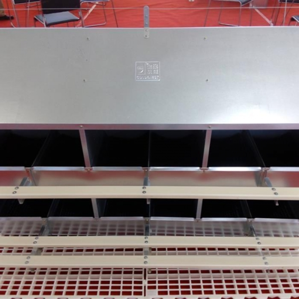 Quality 24 Hole Hot Galvanized Manual Egg Nest Breeder Egg Laying Poultry Farming for sale