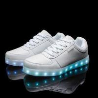 2016 wholesales&dropshipping LED shoes light up flashing hot top glow sneakers for men Manufactures