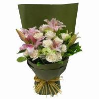 Wholesale Stargazer Lilies Arranged with Roses and Greens NO.27 delivery from china suppliers