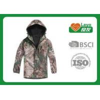 Breathable Waterproof Jacket , Mens Softshell Jacket With Hood Manufactures