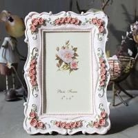 Buy cheap PF1001 Antique Resin Photo Frame from wholesalers