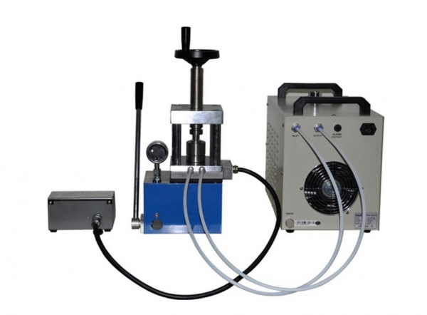 Buy cheap PCH-600D 60 ton laboratory heating press with double heating plate from wholesalers